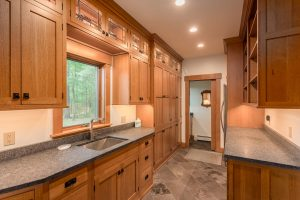 otter-creek-lodge-pantry